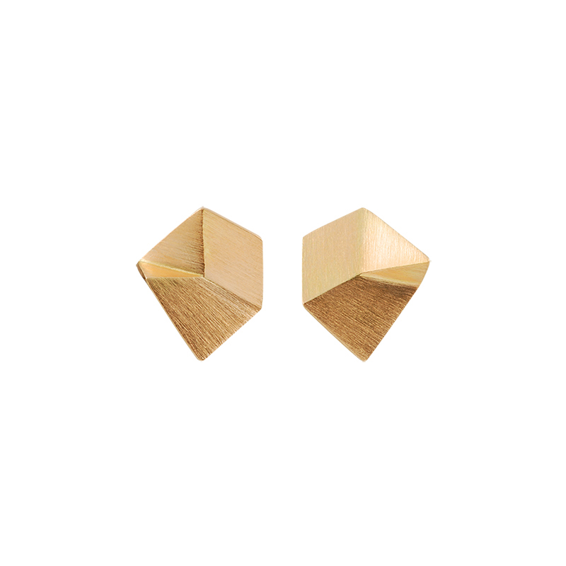 product Flake stud earrings XS gold
