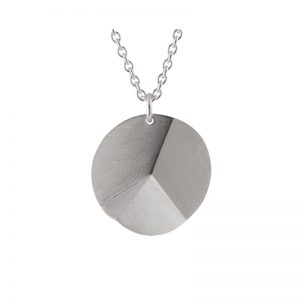 product Flake Round necklace L silver