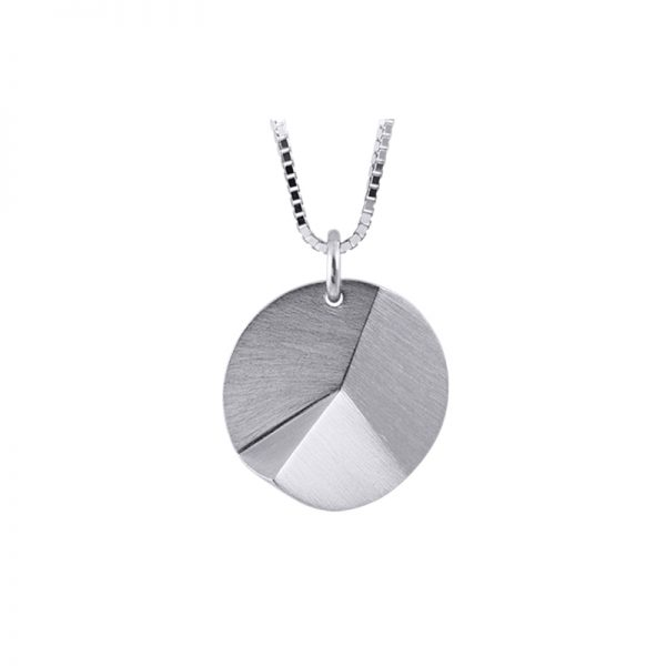 product Flake Round necklace M silver