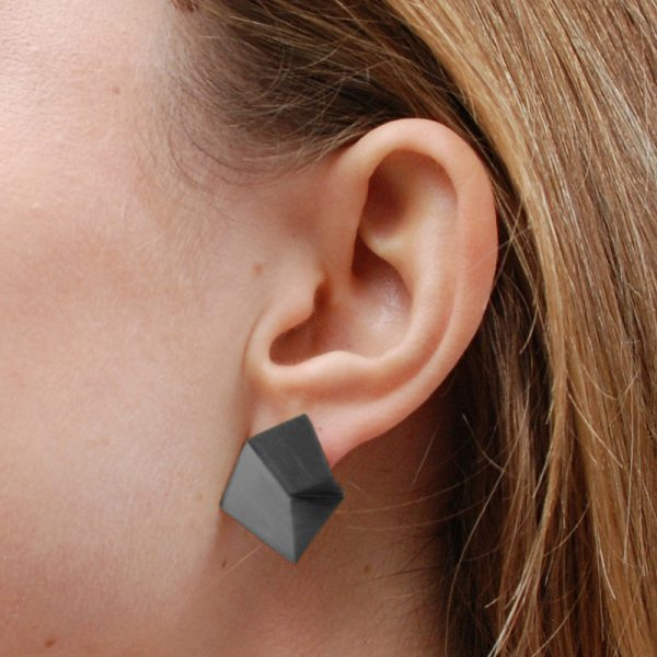 product Flake stud earrings M oxidized silver