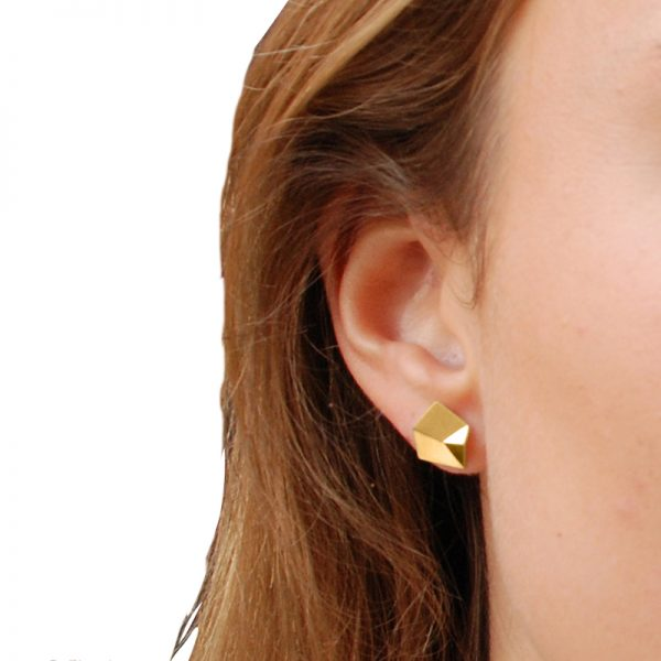product Flake stud earrings S gold