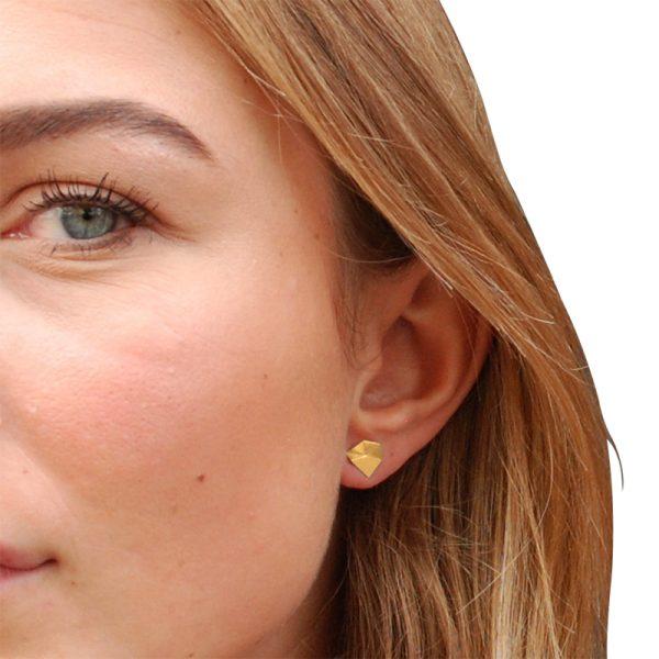 product Flake stud earrings XS gold