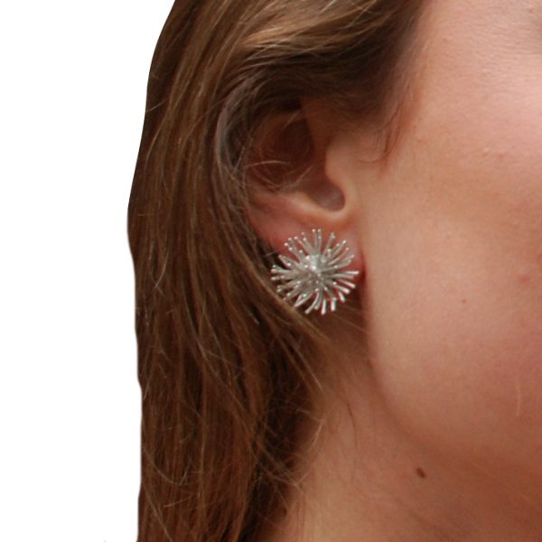 product Pompon stud earrings silver